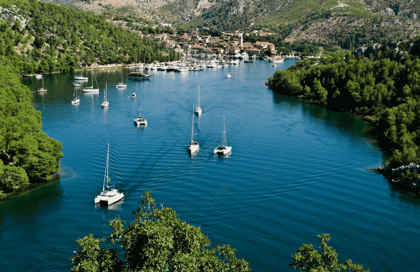 5 reasons to sail in Croatia